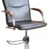 Парикмахерские кресла.
